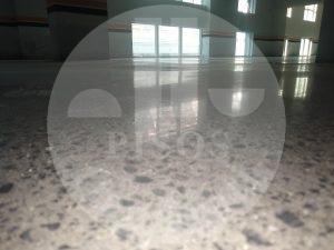 Lapidação de pisos de concreto